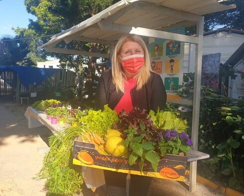 ליזי עדני, מנהלת החווה