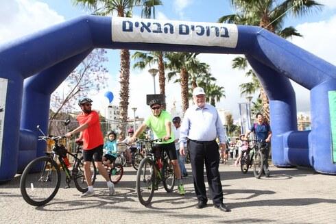 ראש העירייה במסע האופניים