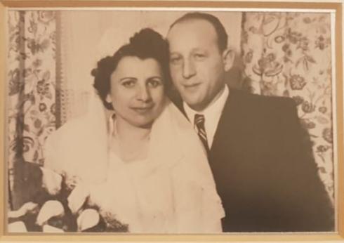 אידה ושייקה ביום חתונתם