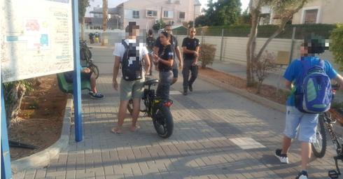 מבצע אכיפה בתיכון 'קציר' | צילום: דוברות עיריית רחובות