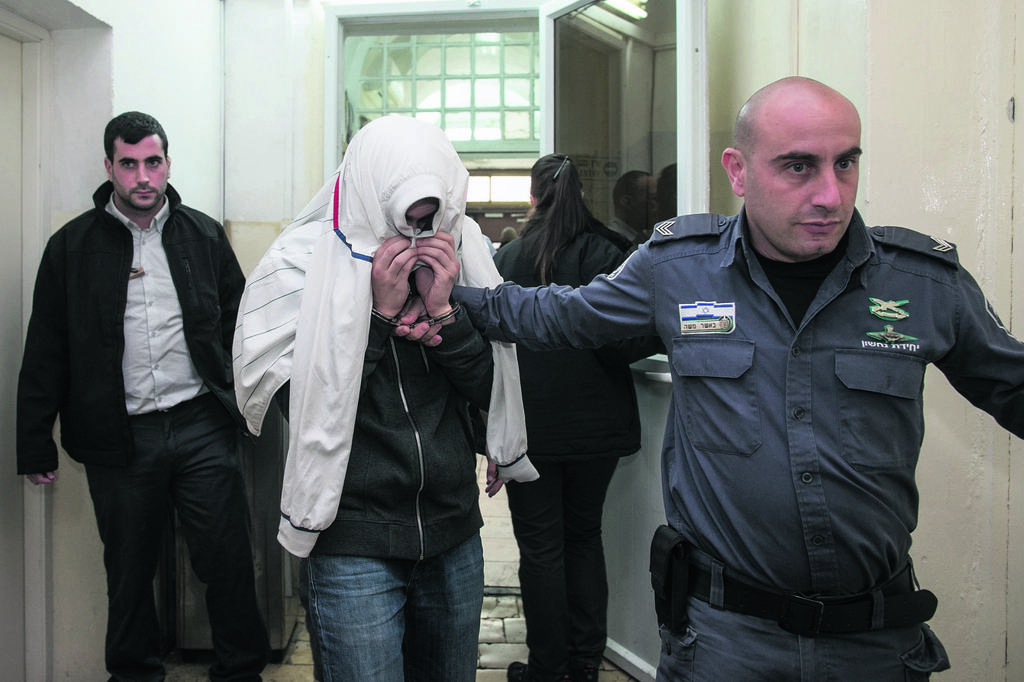 אחד המעורבים בתקיפה בבית המשפט | צילום: אוהד צויגנברג