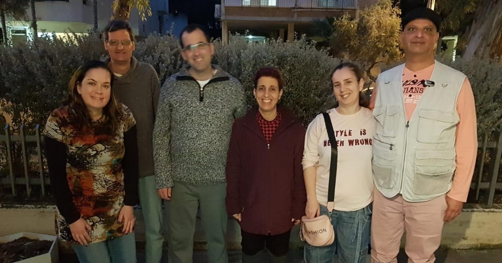 מימין לשמאל: אבי וברוריה, דורית ורז, טל וטלי   צילום: דודי רוזן