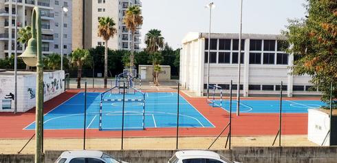 חידוש מגרשי ספורט ברחובות | צילום: עיריית רחובות